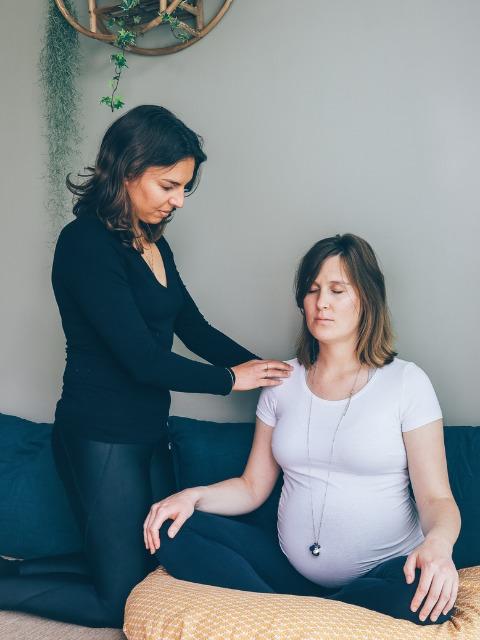 Séance yoga grossesse et naissance cestas